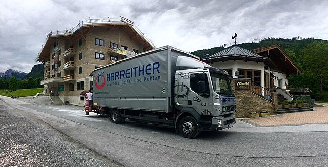 Anlieferung Fußbodenheizung der Firma Harreither