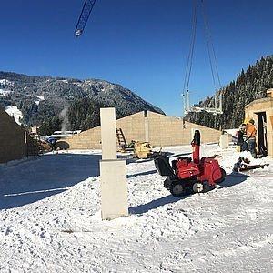 Schneefräsen-Einsatz am DG bevor's mit dem Dachstuhl los geht 14.11.2016