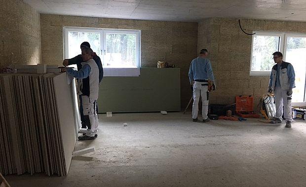 """Unser Spezialist für den Trockenbau: das """"Aktiv-Trockenbauteam"""" aus Schladming"""